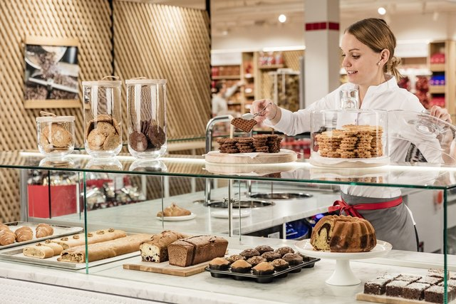 Zehn Jahre nach der Eröffnung des ersten Loacker Store im Outlet Center Brenner folgt jetzt der erste Standort in Nordtirol. Ab 22. März erwartet die KundInnen im neuen Store am Innsbrucker Sparkassenplatz die gesamte Palette der Loacker-Produktwelt.