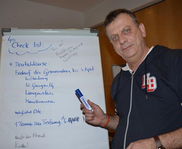 Aziz Omersoftic vom Verein für kommunale Bildung und Integration