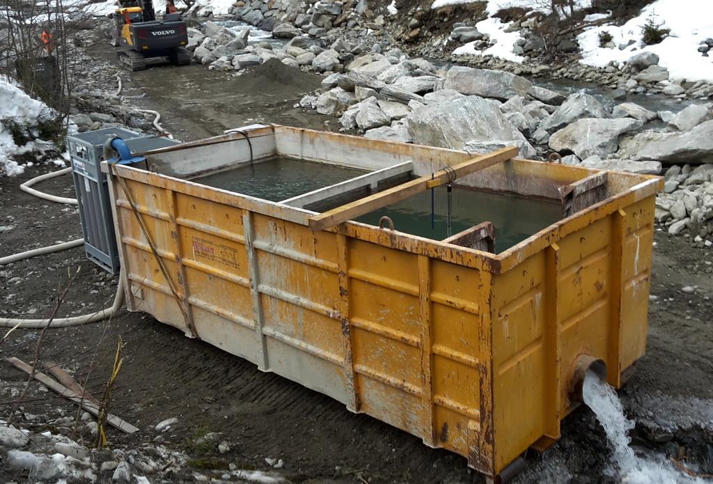 Jetzt wird das Baustellenabwasser in einer Gewässerschutzanlage neutralisiert.