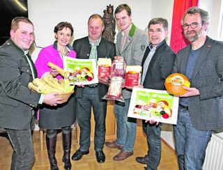 Alle Zutaten einer guten Osterjause gibt es vor Ort in der Region, sind sich die Politik, die Regionalentwicklung und die Landwirte einig. Zwölf Millionen Euro werden rund um Ostern ausgegeben.