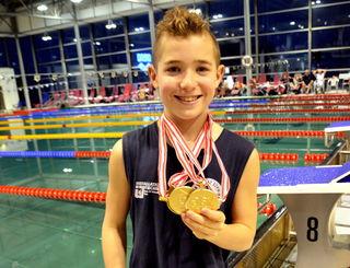 Lukas Edl zeigte sein Allroundtalent und sammelte fleißig Medaillen. Dementsprechend groß war seine Freude.