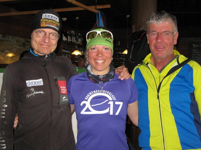 Die Tagessieger Richard Obendorfer und Katharina Kirscher mit SV Tulfes-Obmann Konrad Gatt