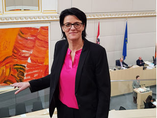 Nationalratsabgeordnete Bürgermeisterin Renate Gruber, SPÖ Bezirksvorsitzende von Scheibbs
