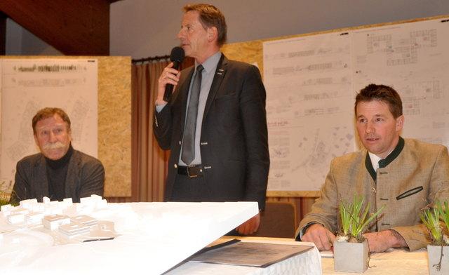 Bruno Schwamberger, Paul Sieberer und Josef Kahn präsentierten die Ergebnisse des Wettbewerbs.