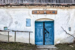 Fotocredits: Regina Courtier -  Woher der Name Loamgrui? Die Keller wurden in den lehmigen Boden und Hohlwege gearbeitet. Lehm diente auch als Baustoff für die Keller. Man sagt auch, dass zu jedem Kellerhäuschen das Pendant in Form eines Wohnhauses im Ort zu sehen ist.