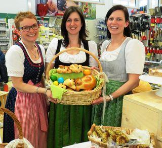 Johanna Wallinger, Hannelore Pölzleitner und Petra Hirscher laden jeden Freitagnachmittag zum regionalen Einkauf.