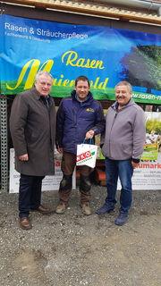 WKO Regionalstellenleiter besuchte die Firma Rasen Maierholg am Tag der offenen Gartentür.