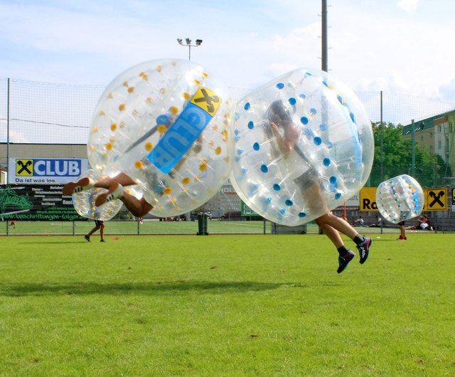 Am 16. Juni findet am Sportplatz Hötting-West das 4. STADTBLATT Bubble Soccer Turnier statt.