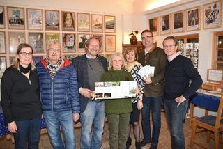 Museumsgründer Gerhard Kisser (3. von links) hat ein umfangreiches Kulturprogramm für das Jahr 2018 zusammengestellt.