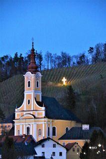 Osterkreuz in St. Johann im Saggautal, Kreuz Hoaz`n, Osterbrauchtum, Katholische Kirche von St. Johann im Saggautal in der Weststeiermark