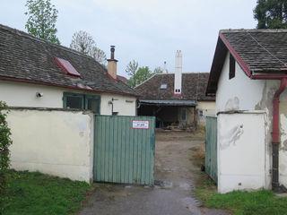 In den alten, denkmalgeschützten Gebäuden möchte die City Farm nach einer Sanierung Workshop-Raum und Bürogebäude unterbringen.