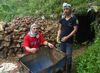 Viele Filipinos leben vom Kleinbergbau, oft unter schwierigen und gefährlichen Bedingungen