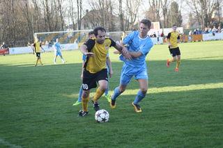 Pantaleon-Spielertrainer Samir Gradascevic (l.) sorgte in Minute 92 für den Ausgleich.