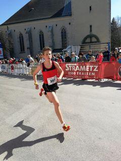 Stefan Scheiflinger war beim Jugendlauf eine Klasse für sich.