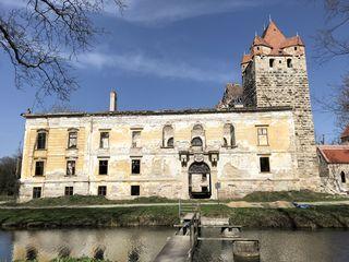 Das Schloss Pottendorf südlich von Wien.