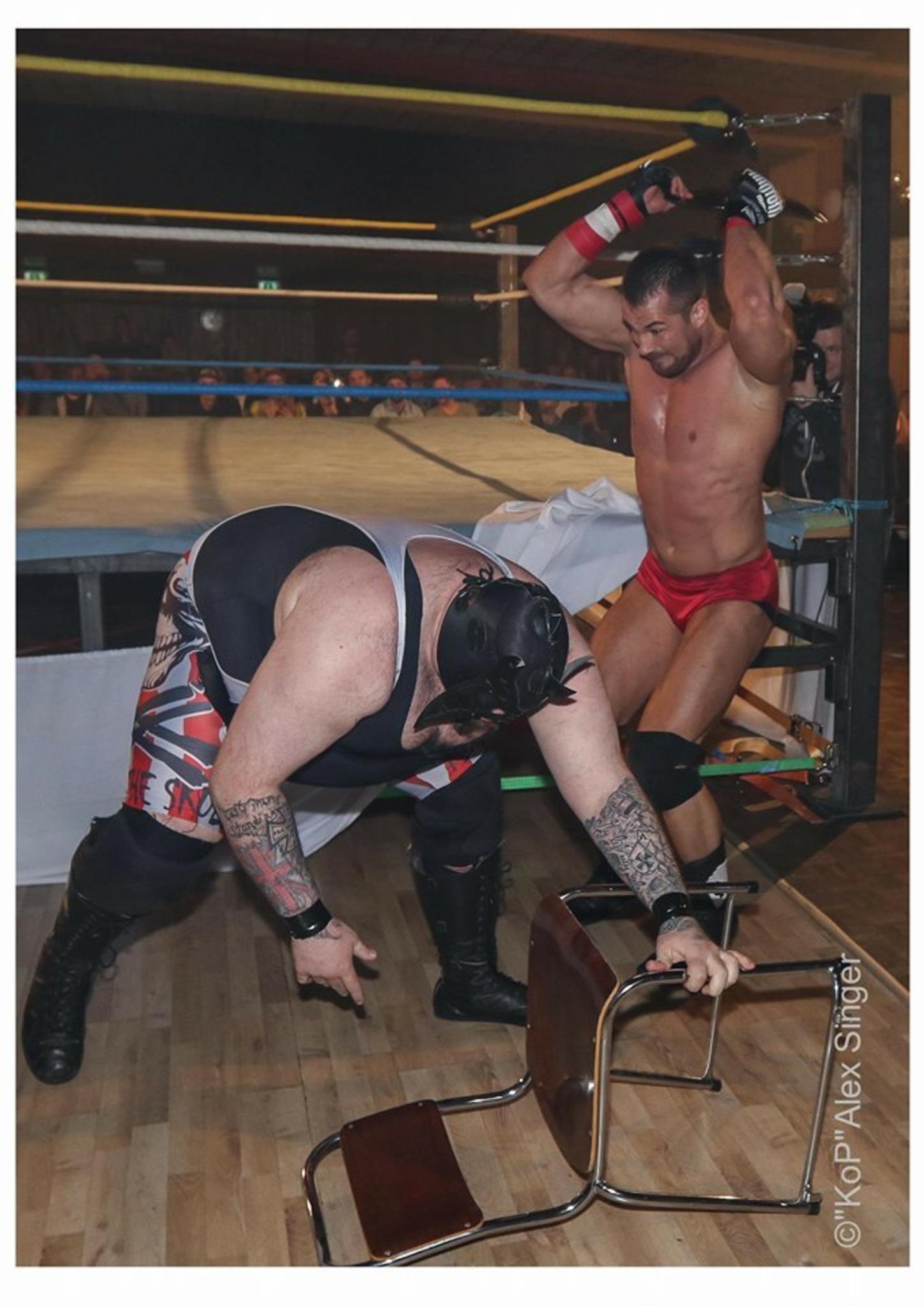 Mexxberg verteidigt UKWA Wrestling Titel in Weiz - Weiz
