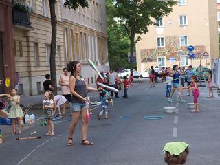 Spaß auf der Straße: So sehen die Spielstraßen in Wien aus.