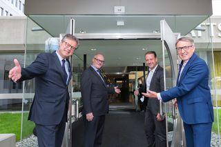 Präsident Josef Herk (r.), Direktor Karl-Heinz Dernoscheg (l.) sowie die beiden Vizepräsidenten Benedikt Bittmann und Andreas Herz (v.l.)