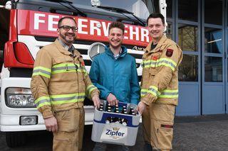 Jenbach-Jause für die Feuerwehr-Sebastian Atzl, Nino Mühlhans und Alexander Aschenwald-fotocredit: ZOOM.TIROL
