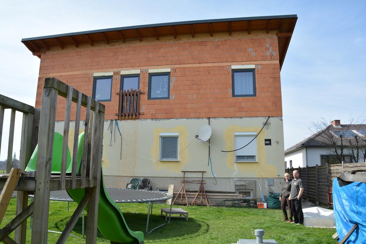 Abrissbescheid Nach Zubau Seitenstettner Familie Bangt Um Ihr Haus