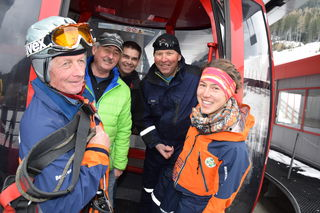 Johann Fingerlos (Bergrettung Lungau), Philipp Santner (Katastrophenschutzreferent Lungau), Martin Lohfeyer (Katastrophenschutz Bezirkshauptmannschaft Tamsweg), Franz Mandl (Betriebsleiter Liftanlage Großeck/Speiereck) und Martina Gell (Bergrettung Lungau).