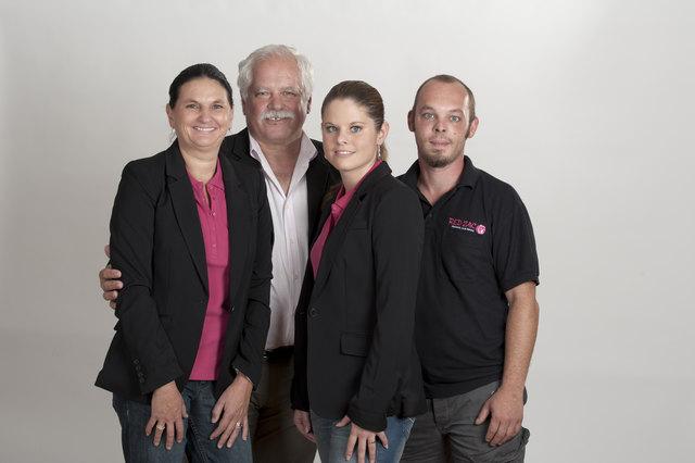 Zwar in Pension, aber noch (oft) mittendrin: Philipp Wrann. Hier mit Ehefrau Sabine (li.), Julia Mangweth und Michael Wrann
