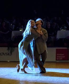 Fotocredits: Regina Courtier - Die Eingewöhnungszeit hat nicht lange gedauert. Das tanzende Aushängeschild Österreichs, tanzt nach wie vor in der Top-Liga mit und sichert uns somit einen neuen Titel in Showdance Latein!