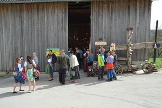 Bei der Bezirksmostkost der Landjugend Bezirk Scheibbs im Hause Hochstraß bei Familie Aigner in Scheibbsbach war einiges los.