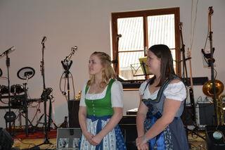 Nun waren's nur noch zwei: Kerstin Pöttinger aus Steinakirchen am Forst und Nicole Schrittwieser aus Scheibbs ist die Freude ins Gesicht geschrieben.