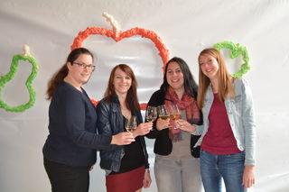 Testeten den köstlichen Most: Alena Fallmann, Anita Fasching, Magdalena Muthentaler und Bettina Ekker aus Scheibbs.