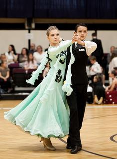 Fotocredits: Regina Courtier - Lena Hirschvogl & Dominik Lauda in Jun II D Standard