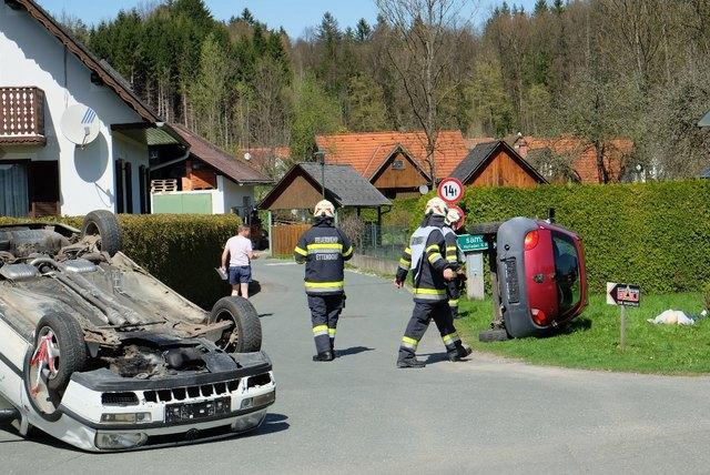 Spektakulär mutete die Übung zum Autounfall an.