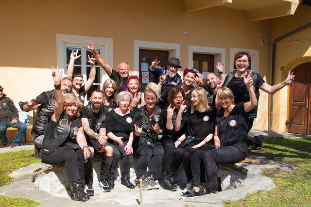 Barbers Angels Kommen Ins Haus Franziskus