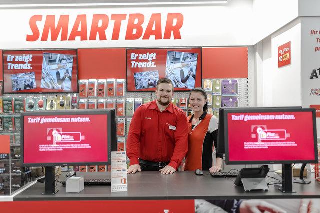 An der MediaMarkt Smartbar wird Ihnen mit Kompetenz und Sorgfalt geholfen.