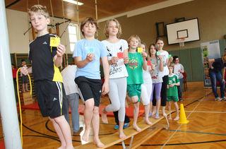 Täglich bewegen und lernen lässt Schüler im Vergleich besser abschneiden als rein herkömmlicher Unterricht