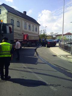 Problemfall Forstnerkreuzung in Stadl-Paura: Hier kommt es oft zu Unfällen im Kreuzungsbereich.