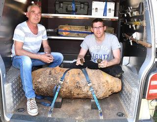 Günther und Christian vom Entminungsdienst gelang es, die Bombe zu entschärfen.