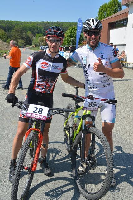 Das Siegerduo Daniel Theuerweckl und Jörg Neuhart nach 36 Kilometern.