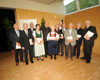 Wurden mit dem goldenen Ehrenzeichen der Diözese Innsbruck ausgezeichnet.