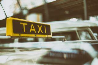 Die Taxler gingen unlängst auf die Straße - mittlerweile hat Uber seinen Dienst auf Wiens Straßen bis auf weiteres eingestellt.