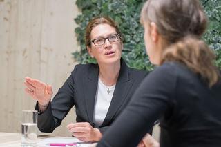 Claudia Witzemann (li.) ist seit 1. April 2018 gemeinsam mit Gabrielle Costigan Geschäftsführerin von Wexelerate.