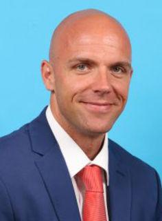 Siegfried Feil übernimmt die Sparkassenfiliale in Ebreichsdorf.