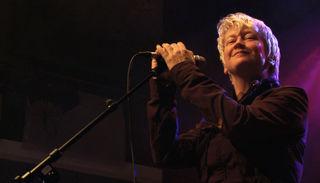 Die Dokumentation zeichnet den künstlerischen Werdegang der britischen Musikerin nach.