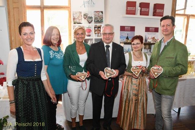 Single frauen in gumpoldskirchen, Baden wo treffen sich singles
