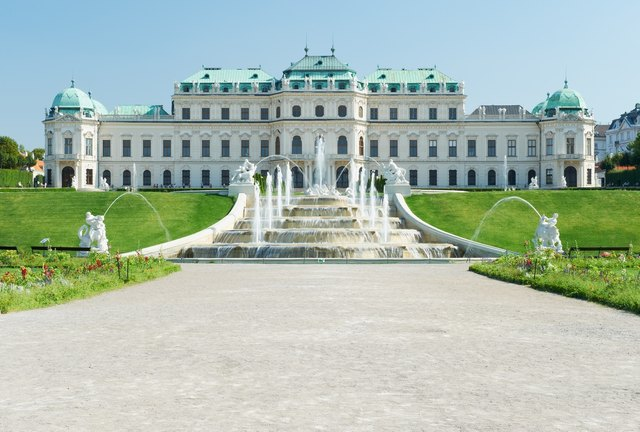 Das barocke Meisterwerk wurde von Johann Lucas von Hildebrandt für Prinz Eugen von Savoyen erbaut.