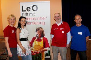 Le+O Einrichtungsleiterin Eva Schwaiger (li.) mit ihrem Team bei der ersten Infoveranstaltung in der Alxingergasse 2