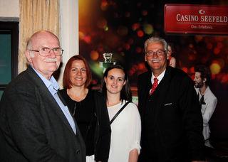 (v.l.) Gerhard Enders (Präsident TTTV), Martina Kapfinger (Bundesligaspielerin TTC Kirchbichl), Katharina Münzer (UTV Hall) und Horst Trefalt (Casino Seefeld)