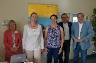 v.l.n.r.: Ingrid Nachtnebel (NÖGKK), Dr. Manuela Tomaschek-Rippel, Vzbgm. Mag. Claudia Jahn, Norbert Kreillechner (NÖGKK) und Bgm. Andreas Kollross