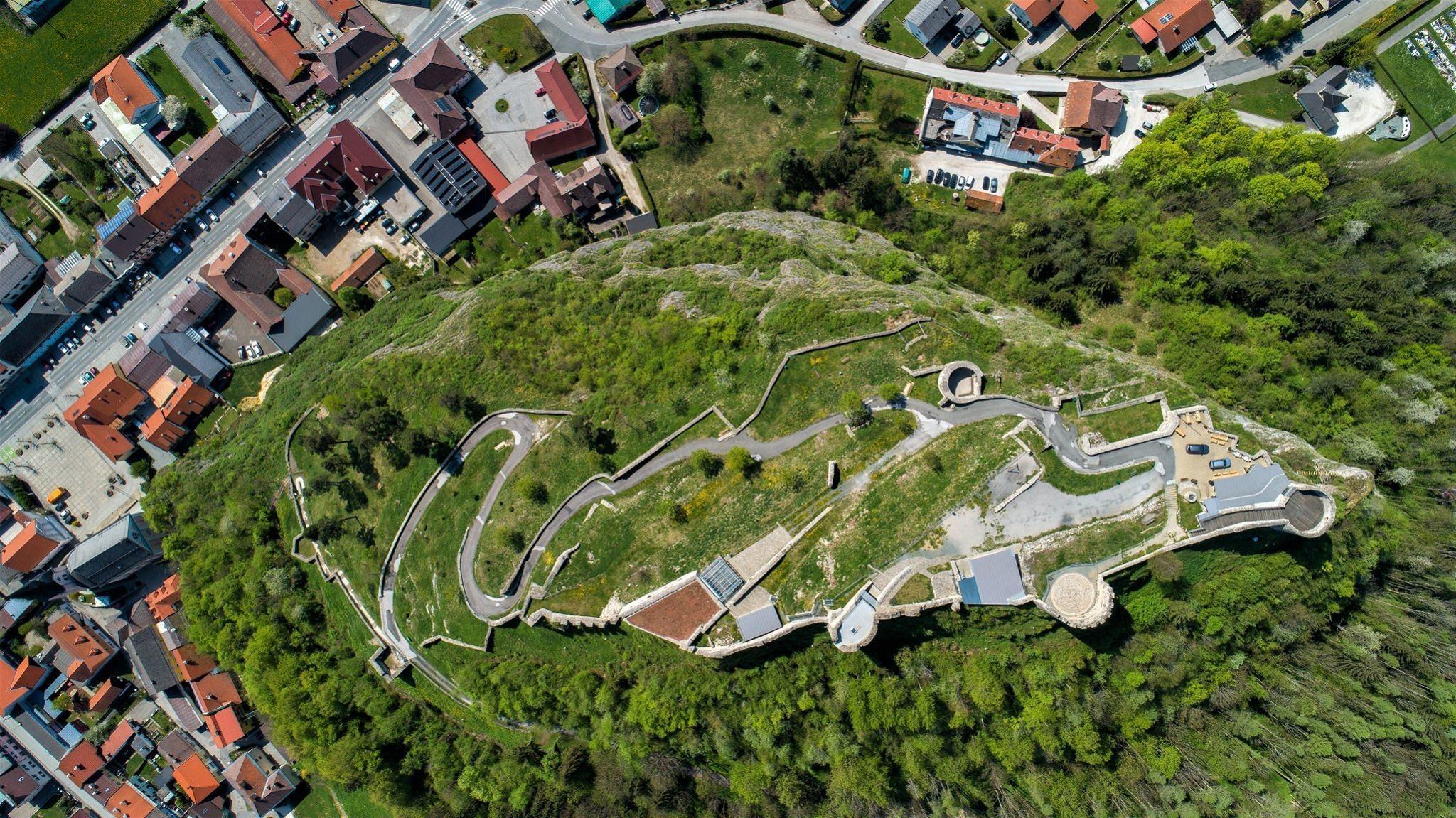 Klettersteig Griffen : Zwei slowenen mussten in griffen aus dem klettersteig geborgen