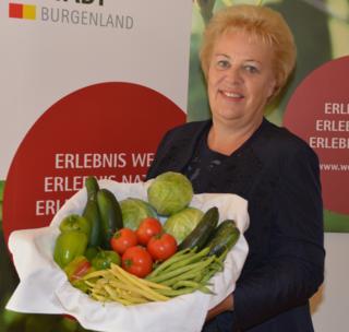 LR Verena Dunst unterstützt den Trend zu heimischen  Agrarprodukten in der Gastronomie und im Tourismus.